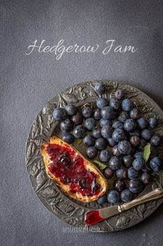This sloe and blackberry hedgerow jam is a superb way to preserve your foraged autumn berries for winter. It's a grown up jam that isn't too sweet and packs a flavour punch! Blackberry Recipes, Jam Recipes, Real Food Recipes, Dessert Recipes, Chutney Recipes, Breakfast Recipes, Frugal Meals, Cheap Meals, Frugal Recipes