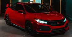 The Civic nameplate was never associated with pickups, until now, that is. Honda has revealed the offbeat Civic Type R Pickup Truck concept in the UK, a pickup truck based on the hottest version of the Civic hatchback. Honda Civic Vtec, Honda Civic Type R, Honda Dirt Bike, Honda Motorcycles, Classic Pickup Trucks, Chevy Pickup Trucks, Honda Jet, Pickup Truck Accessories, Civic Hatchback