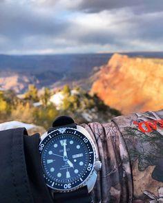 [Seiko] My travel companion Rolex Watches, Watches For Men, Seiko Skx, Pocket Watches, Wrist Watches, Vintage Watches, Dame, Travel, Summer Time Love