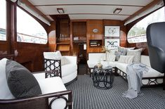 1961 CRUISER — PETERWILDSDESIGN Sailboat Interior, Yacht Interior, Best Interior, Boat Carpet, Decoracion Vintage Chic, Discount Bedroom Furniture, Boat Decor, Boat Design, Yacht Design