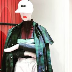 Des mannequins abstrait Pucci aux lèvres rouge pour  le Raremarket   Cofrad mannequins