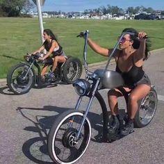 Lowrider Bicycle, Trike Bicycle, Motorized Bicycle, Electric Bike Kits, Best Electric Bikes, Cool Bicycles, Cool Bikes, Eletric Bike, Girl Riding Motorcycle