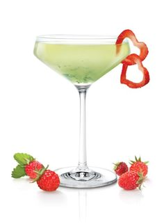 Learn how to make delicious Valentine's Day cocktails with Skyy Vodka. Holiday Cocktails, Cocktail Drinks, Fun Drinks, Yummy Drinks, Cocktail Recipes, Wine Recipes, Alcoholic Drinks, Cocktail Shaker, Beverages