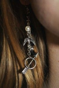 The Hunger Games Earrings- cool