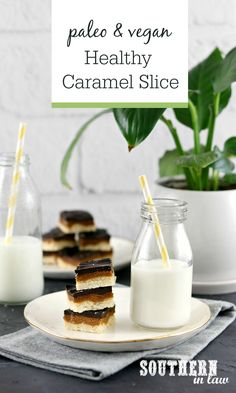 This Healthy Caramel Slice Recipe is paleo, vegan, grain free, refined sugar free and SERIOUSLY delicious! The perfect healthy dessert that is simple and easy to make. Healthy Dessert Recipes, Paleo Recipes, Healthy Snacks, Healthier Desserts, Flour Recipes, Healthy Dinners, Chocolate Slice, Chocolate Topping, Healthy Chocolate