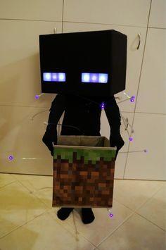 x0stuff: Best Minecraft costume I've seen. (Artist: OH MY FUCKING GOD <3 <3 <3 <3) Scared to death