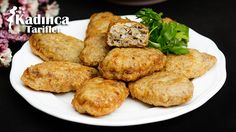 Kadınbudu Köfte Tarifi nasıl yapılır? Kadınbudu Köfte Tarifi'nin malzemeleri, resimli anlatımı ve yapılışı için tıklayın. Yazar: AyseTuzak Healthy Gourmet, Baked Potato, Food And Drink, Potatoes, Pasta, Chicken, Baking, Ethnic Recipes, Food And Drinks