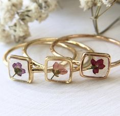Botanical jewelry and more by AffinityArtsShop Dainty Jewelry, Cute Jewelry, Jewelry Accessories, Fashion Accessories, Handmade Jewelry, Fashion Jewelry, Unique Jewelry, Luxury Jewelry, Jewelry Shop