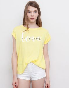 Pull&Bear - woman - t-shirts and tops - yellow tee 'love is blind' - yellow - Jumpsuits For Women, Blouses For Women, Cool T Shirts, Funny Tee Shirts, Shirt Print Design, Shirt Refashion, Young Fashion, Apparel Design, Shirts For Girls