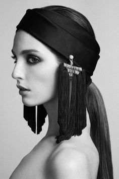 FALL-WINTER 2015-16 - Turban by DONIA ALLEGUE - www.doniaallegue.com Photographer: PIERRE DAL CORSO Make-up Artist: CORINNE GUES Model: ANNABELLE BELMONDO / KARIN MODELS
