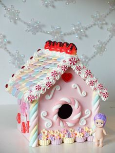 Kawaii Gingerbread house -Marshmallow- polymer clay pastel christmas home decor…