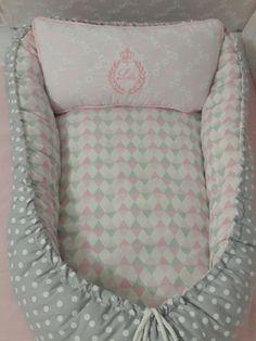 redutor de berço feito em 100% algodão feito em outras corres e modelos. é utilizado desde o nascimento até 6 meses, podendo também ser confeccionado em tamanhos maiores.
