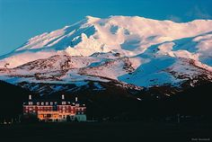 The Chateau stay Tongariro National Park, Volcanic Mount Ruapehu ski north island New Zealand. The Beautiful Country, Beautiful Places, Mount Ruapehu, New Zealand Winter, North Island New Zealand, Winter Images, Places To Get Married, Romantic Travel, Trip Planning