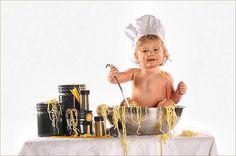 Photography Techniques: 40 Baby Portrait Design Using Props