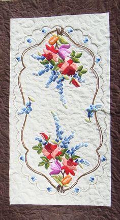 Detalhes do bordado do Trilho de patch - By Rosana Zimmermann