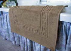 $19.99 MARRIKAS Egyptian Cotton Bath Mat Or Shower Mat TAUPE  From Marrikas   Get it here: http://astore.amazon.com/ffiilliipp-20/detail/B001B160XS/189-6276022-9341426