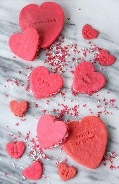 » DIY EATS | Conversation Heart Cookie Sandwich
