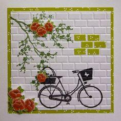 Marjoleine's blog: Nog weer wat kaarten met de muurtjes-mal, dit keer met een gestempelde fiets