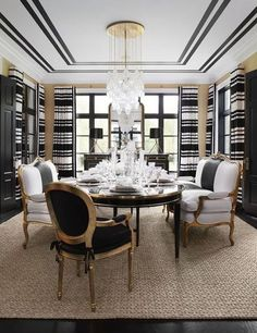 Casual Black And Gold Dining Room Design Ideas For Inspiration 18 Gold Dining Room, Decor, Luxury Dining Room, Dining Room Design, Black And White Dining Room, Modern Dining, Home Decor, Room Design, White Decor