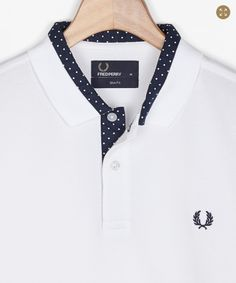 Fred Perry - - detail dots - Men's style Custom Polo Shirts, Polo T Shirts, Boys Shirts, Collar Shirts, Football Fashion, Men Design, Mens Fashion, Fashion Outfits, Fred Perry
