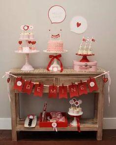 Mini festa de Dia dos Namorados: O amor está no ar para celebrar à dois! | Inventos em Eventos - Brincadeiras e Jogos para Eventos Especiais