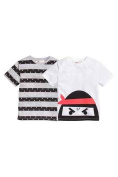 H&M - 2-pack T-shirts £6.99