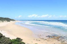 Jy kan mos lekke hier op Morgansbaai se strand kom lê! Garethphoto (Flickr) Pretty Pictures, South Africa, World, Beach, Water, Travel, Outdoor, Beautiful, Cute Pics