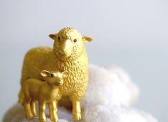 羊のオーナメント