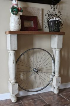 Do you know how to creating home accessories with scrap wood? Is the environment around you there are lots of scrap wood that are not used anymore? Instead burned or discarded, the better you make a more valuable home accessories. In this way, you have successfully run an environmentally friendly living and increase the collection
