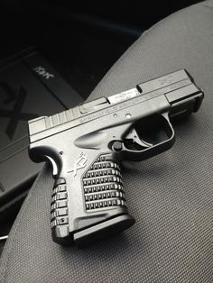 Springfield Armory XDS w xtended magazine, laser n light, this is still one of my favorite shooting guns. Weapons Guns, Guns And Ammo, Military Weapons, Glock Guns, Military Life, Xd Springfield, Springfield Pistols, Rifles, Timberwolf