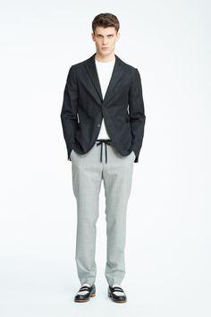#22 Jacket:¥46,440 Cut & Sewn:10,800 Pants:¥18,360 Shoes:91,800