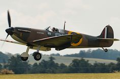 Air Force Aircraft, Ww2 Aircraft, Military Aircraft, Spitfire Airplane, Fixed Wing Aircraft, Hawker Hurricane, Supermarine Spitfire, Battle Of Britain, Royal Air Force