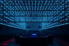 The Year Club by Estúdio Guto Requena, São Paulo - Brazil. Visit City Lighting Products! https://www.linkedin.com/company/city-lighting-products