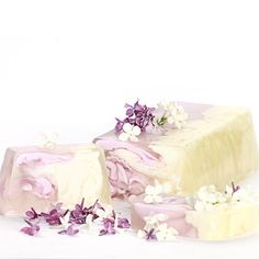 You Are Lilac Soap  You are a natural caretaker and multi-tasker. You are likely taking care of many people creatures, and things at once. You are pure of heart, and your intentions are always good. You may try to mother others, but it's only because you care.  You are brave and humble. You have the courage to take on any challenge, and you never brag about your accomplishments. You are good at perceiving energy and seeing how people actually feel. You are mentally free enough to see the ...