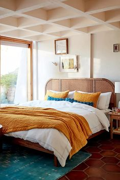 Awesome home decoration detail are readily available on our website. : Awesome home decoration detail are readily available on our website. Bedroom Goals, Master Bedroom, Bedroom Decor, Bedroom Ideas, Design Bedroom, Bedroom Inspo, Wall Decor, Velvet Quilt, Leather Bed