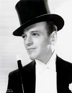 ohrobbybaby: Fred Astaire for Top Hat Hollywood Cinema, Classic Hollywood, Old Hollywood, Classic Man, Classic Movies, Top Hat 1935, A Fine Romance, Fred And Ginger, Fred Astaire