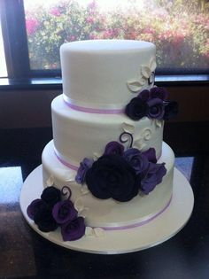 Well Travelled Wedding Cake