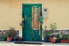 Sally Pederson from JetSetter PetSitter writes this guest post about a day in the life of a house sitter in Tenerife, Canary Islands. White Wooden Doors, Cuddles In Bed, Travel The World For Free, Orange Rooms, Door Picture, Door Images, Black Construction Paper, Yellow Doors, Minimalist Photography