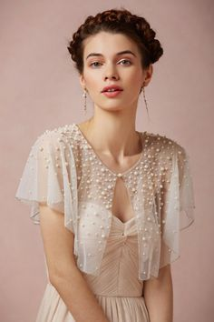 """ivory Scattered Pearl Capelet 