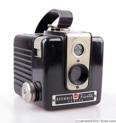 Kodak Eastman: Brownie Fiesta (Flash) camera