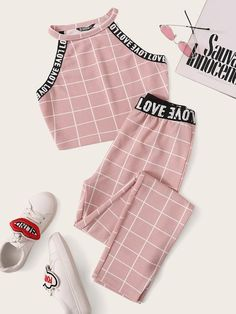Pink Letter Tape Grid Textured Halter Top and Leggings Set - Cute Outfits Cute Lazy Outfits, Crop Top Outfits, Kids Outfits Girls, Sporty Outfits, Mode Outfits, Pretty Outfits, Stylish Outfits, Teenage Outfits, Sporty Girls