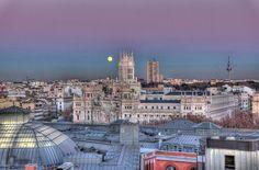 Guía de terrazas de verano 2017 en Madrid. Con esta guía sabrás que hacer en Madrid este verano. Hemos seleccionado 150 terrazas para salir en Madrid