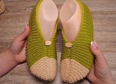 Jednoduché bačkory – PLETENÍ – NÁVODY Fingerless Gloves, Arm Warmers, Baby Shoes, Slippers, Kids, Clothes, Fashion, Fingerless Mitts, Children