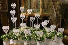 Resultado de imagen para pierwszokomunijne dekoracje kwiatowe ołtarza