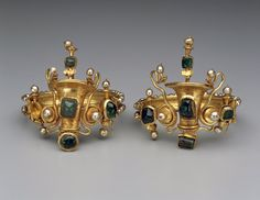 Bracelets. about 40-20 BC. Gold, emeralds, and pearls. And we think our stuff is sophisticated. Wow. I love love love