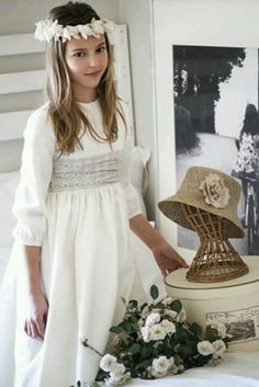 Communion dress for girl Cute Dresses, Beautiful Dresses, Girls Dresses, Flower Girl Dresses, Little Girl Closet, Holy Communion Dresses, Little White Dresses, Kids Outfits, Kids Fashion