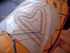 paličkovaný anděl - Hledat Googlem Lace Making, Bobbin Lace, Lace, Bobbin Lacemaking, Crochet Lace, Lace Knitting