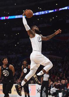Basketball Jones, Football And Basketball, Basketball Players, Lebron James All Star, Mixed Martial Arts, Best Sneakers, King James, Nike Lebron, Michael Jordan