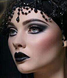 Dark Beauty #Illamasqua