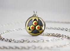 Pkmn SHINY Aegislash Shield Pendant #pendants                                                                                                                                                                                 Más